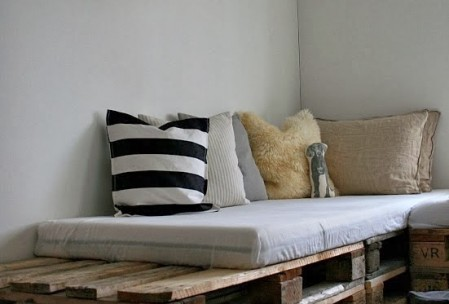 32 diy pour recycler vos palettes. Black Bedroom Furniture Sets. Home Design Ideas