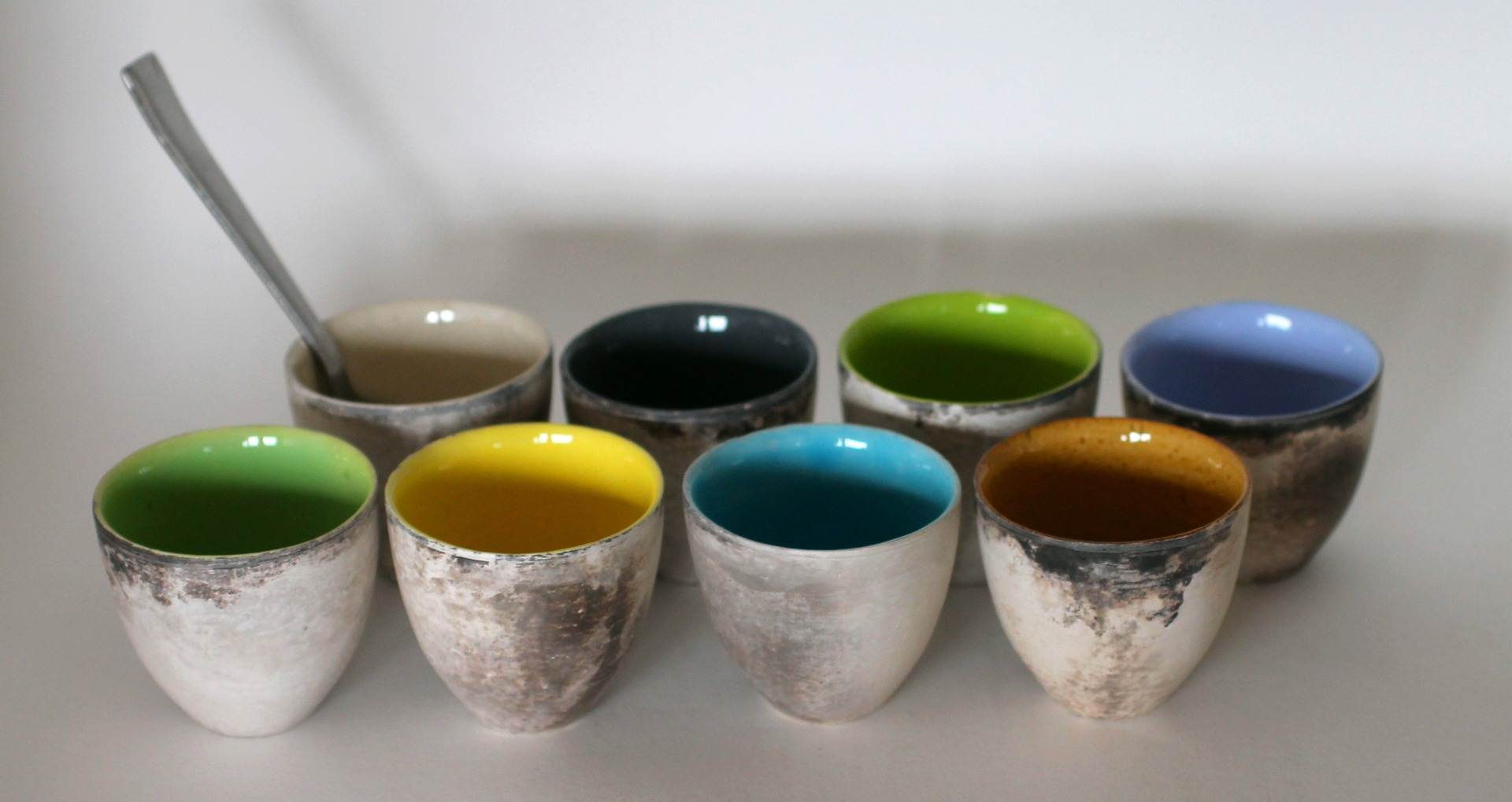 vaisselle ceramique artisanale les ustensiles de cuisine. Black Bedroom Furniture Sets. Home Design Ideas