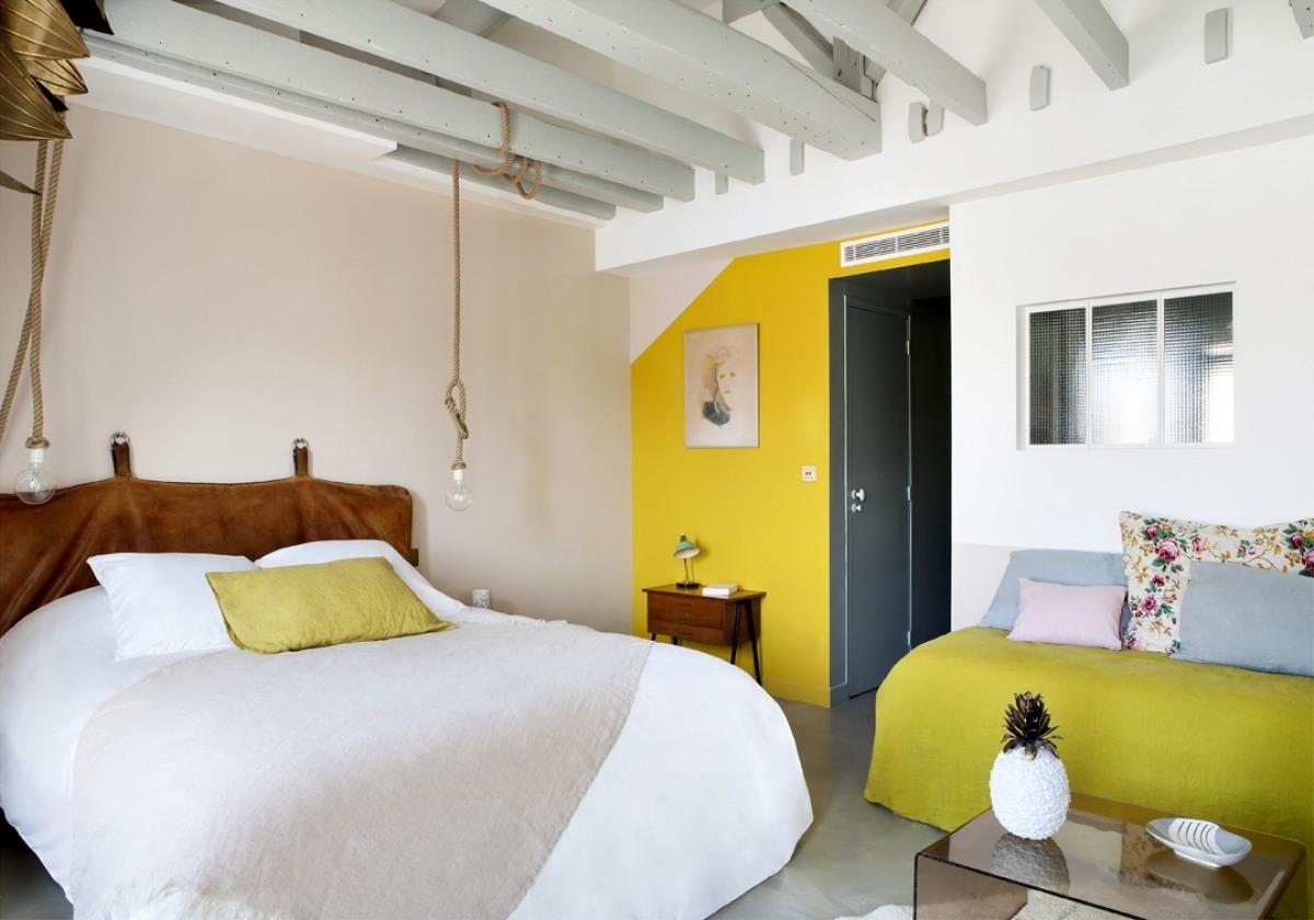 chambre-double-de-l-hotel-henriette-situe-a-quelques-pas-du-quartier-latin-sizel-199261-1200-849