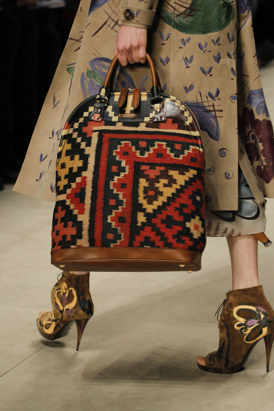 burberry_prorsum_womenswear_autumn_winter_2014___look_4