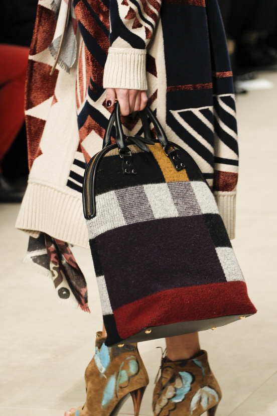 burberry_prorsum_womenswear_autumn_winter_2014___look_6