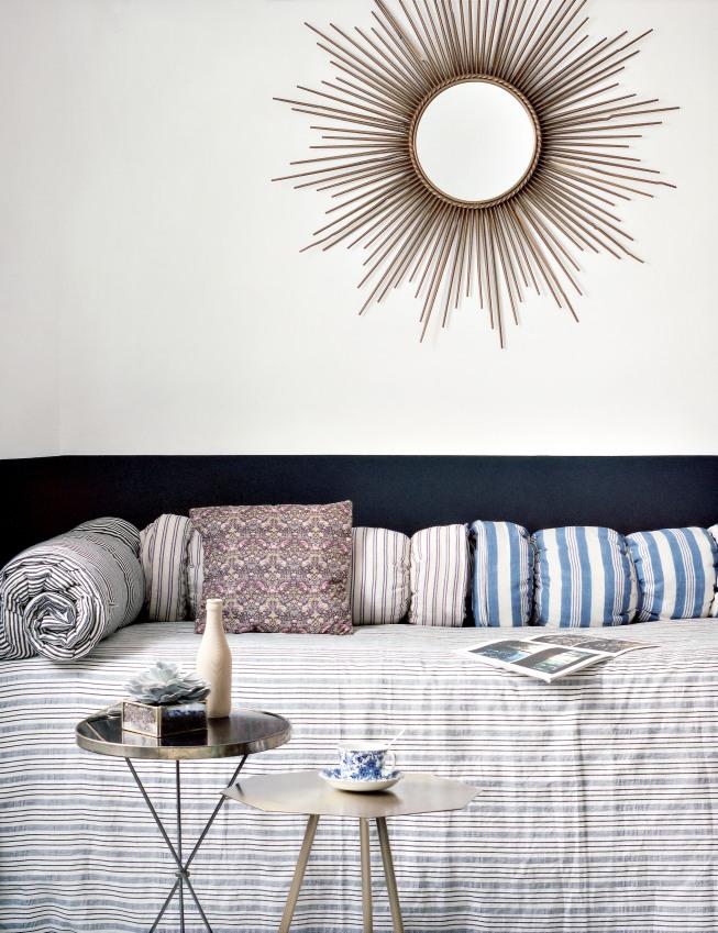 chambre-de-l-hotel-henriette-situe-a-quelques-pas-du-quartier-mouffetard-sizel-206171-1200-849