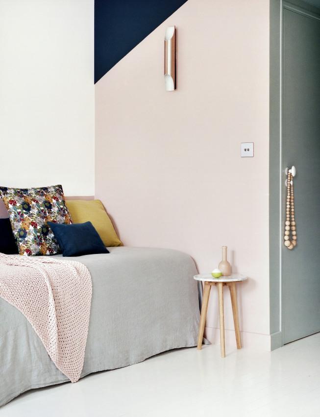 chambre-double-de-l-hotel-henriette-situe-a-quelques-pas-du-quartier-mouffetard-sizel-206181-1200-849